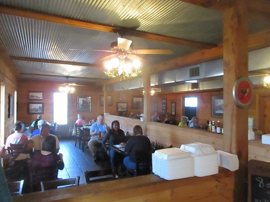 Corinth, MS: Dining Room