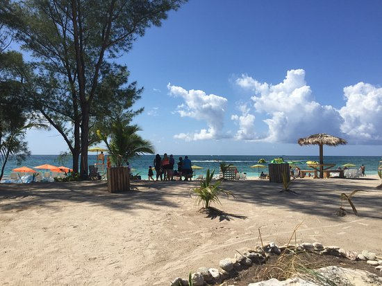 Junkanoo Beach Club Freeport At Taino