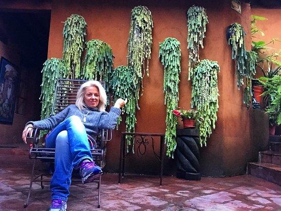 Hotel Casa Encantada: relazing patios