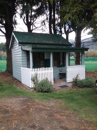 Kingston, New Zealand: The Miners Cottage
