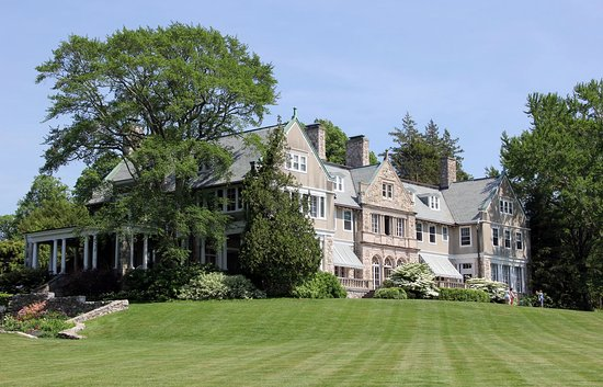 Summer Events at Blithewold Mansion in Newport, Rhode Island