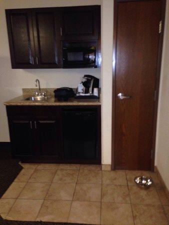 Holiday Inn Express Hotel & Suites Pueblo North: photo3.jpg