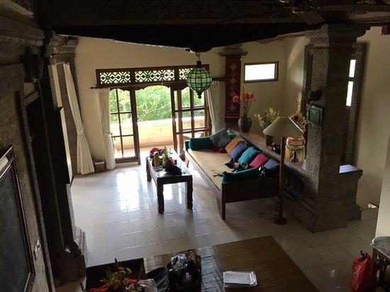 Alam Jiwa: 2階のリビング