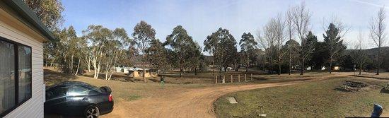 Adaminaby, Avustralya: Anglers Reach Caravan Park