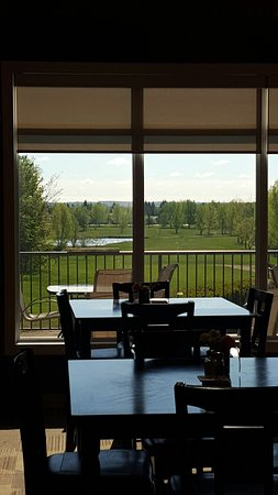 St. Paul, Canada: Tin Cup Restaurant