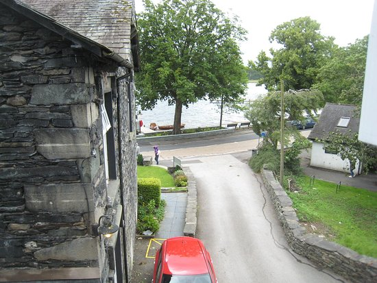 Waterhead Hotel Photo