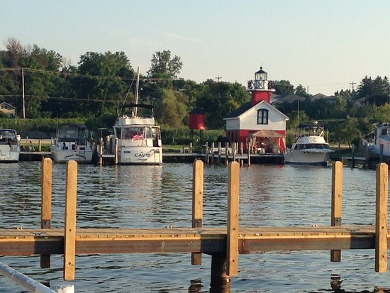 Saugatuck, MI: Shore view at Red Dock