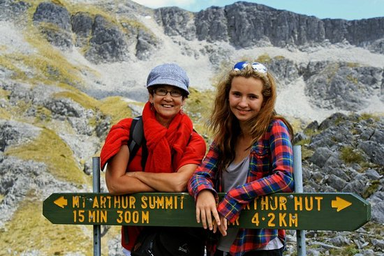 Arthur's Pass National Park, New Zealand: Signs warning the Summit is close