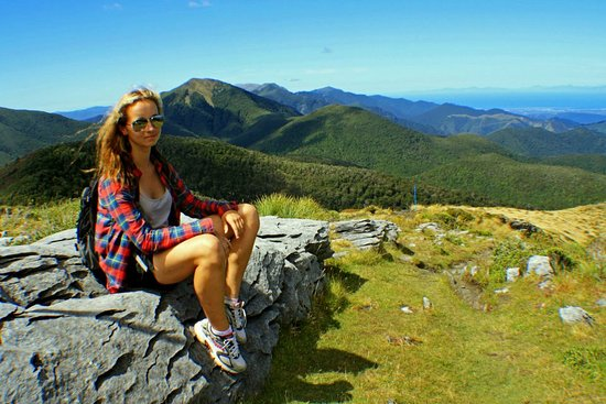 Arthur's Pass National Park, New Zealand: Resting Easy and working on that leg tan.