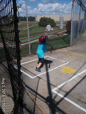Medina, OH: Batting cages