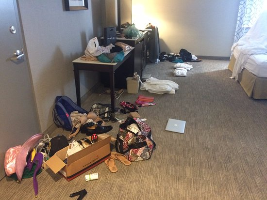 Waterfront Hotel Downtown Burlington: No Clothing Storage U003d Big Mess