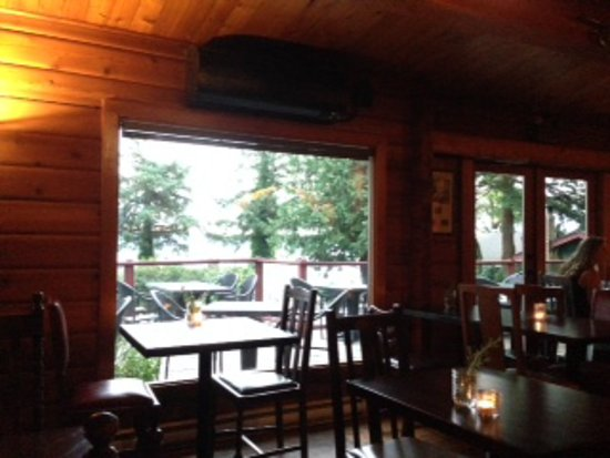 Anglers Dining : the restaurant
