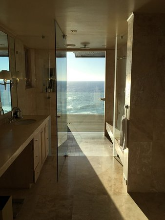 Bantry Bay, Sudáfrica: Villa One - Main Bathroom