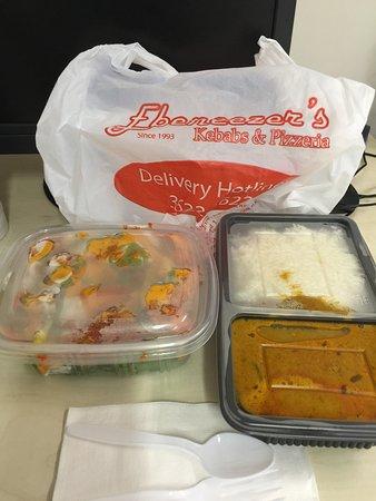 Ebeneezer's Kebab : Lunch! Take away!