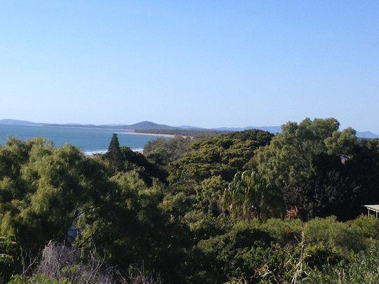 Tannum Sands, Австралия: View from the lookout overlooking the Caravan park