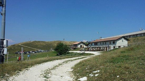 Pianezze, Italia: Agriturismo Malga Mariech