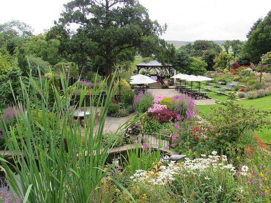 Chipping, UK: The beautiful gardens