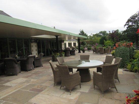 Chipping, UK: Garden terrace