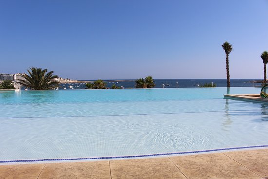 piscine r serv e aux adultes picture of salini resort st paul 39 s bay tripadvisor. Black Bedroom Furniture Sets. Home Design Ideas