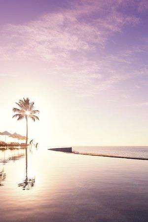 Marquis Los Cabos: Romantic Sunrise