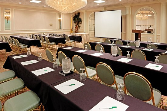 Carteret, NJ: Meeting Room