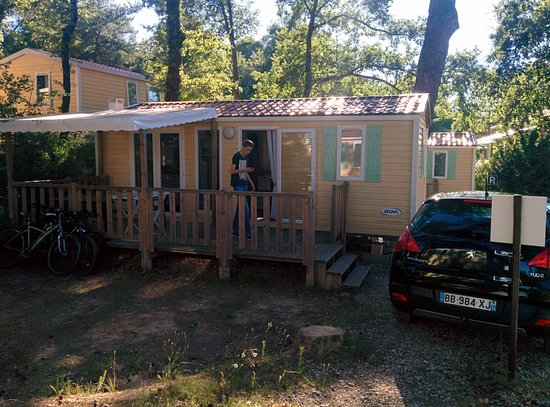 Camping de l'Ayguette: mobile home 4/6 pers