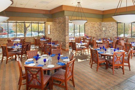 Oak Ridge, TN: Dining in Burchfield's