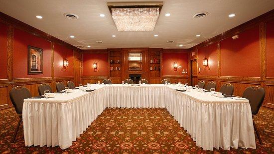 Best Western Plus Guildwood Inn: Meeting Room