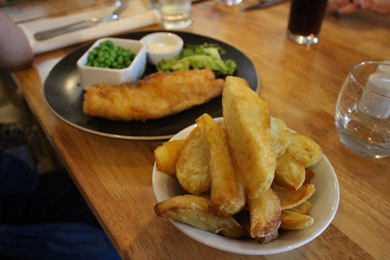 Strabane, UK: Fish and chips...with the best chunky chips ever!
