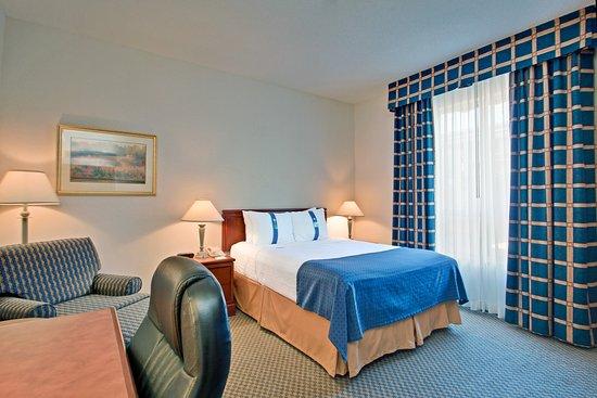 Photo of Holiday Inn Bloor Yorkville Toronto