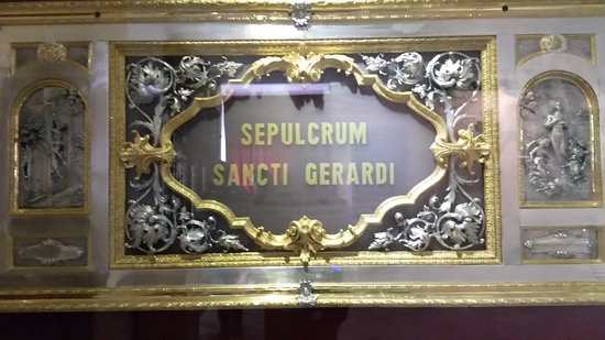 Caposele, Italie: Uno dei sepolcri