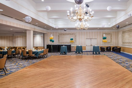 Pittsfield, MA: Grand Ballroom