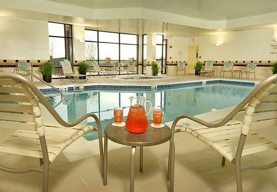 SpringHill Suites Dulles Airport: Indoor Pool & Whirlpool