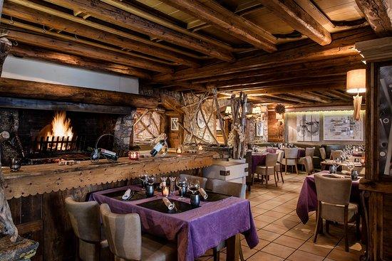 Restaurant la grange photo de hotel l 39 eterlou meribel tripadvisor - The grange hotel restaurant ...