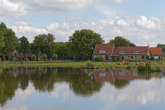 Delfgauw, Nederländerna: Hotel hinten links im Bild.