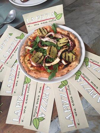 Garbagnate Milanese, Italia: La Pizza è Cosa Nostra