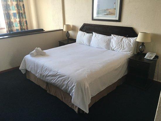Gooderson beach hotel durban afrique du sud voir les for Chambre 507 avis