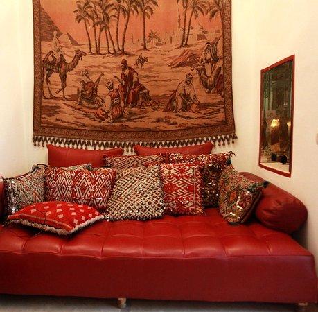 رياض لا سيجال: relax in salone