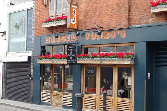 Maggie Jones Restaurant Review