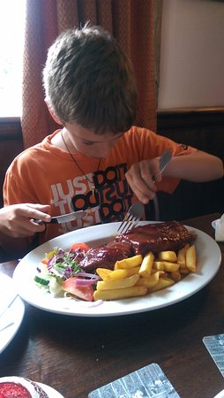 Brookland, UK : My 10 year old takes on the ribs!