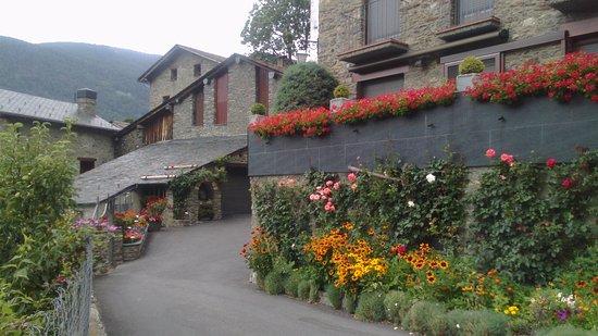 L'aldosa, Andorra: Caminitos en los alrededores