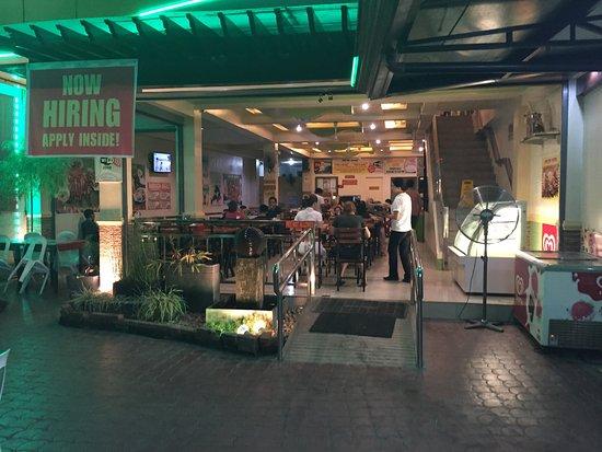 Digos City, Filipinas: Restaurant