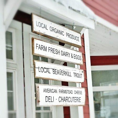 Livingston Manor, Νέα Υόρκη: Main Street Farm Sign