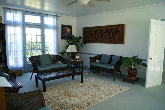 Monroe, نيويورك: Main House sitting room