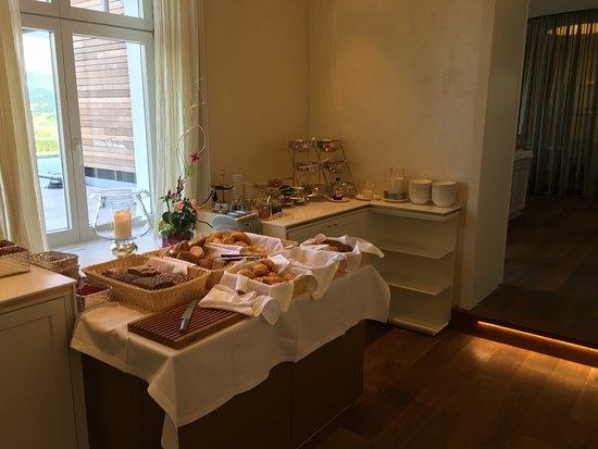 Hotel Villa Hugel: Erstklassiges Frühstücksbuffet!