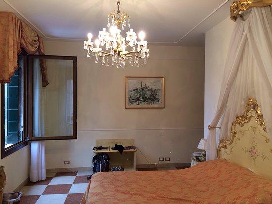 Hotel Bernardi Semenzato: Vues magiques de la chambre d'hôtel !