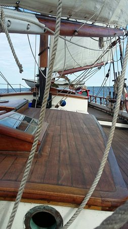 Superior Odyssey Sailing Charters: 20160810_181358_large.jpg