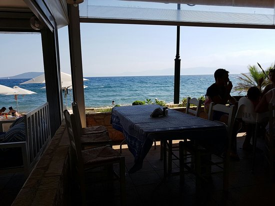 Дрепано, Греция: Tzavaras Taverna