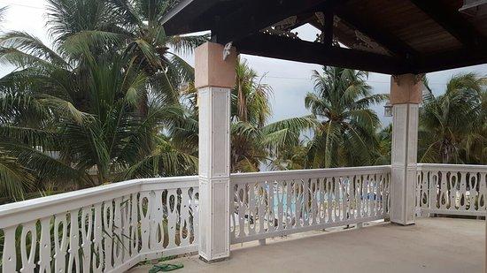 Coconut Cove Resort and Marina: 20160808_193420_large.jpg