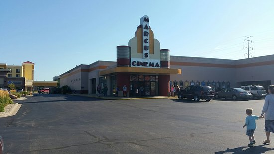 Marcus Oshkosh Cinema